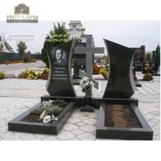 Зеркальный памятник 330 — ritualum.ru